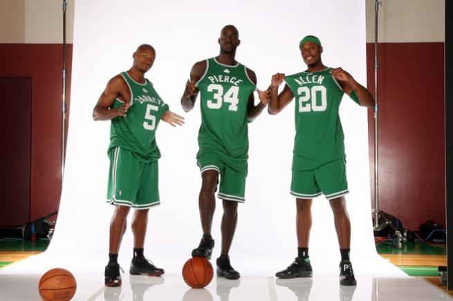 76667924NB002_Celtics