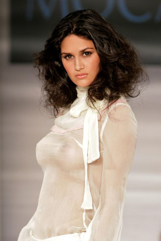 leryn franco hot. Leryn Franco - Runway