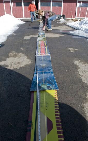 24-snowboard