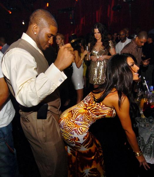 kim-kardashian-grinding-reggie-bush_1_1