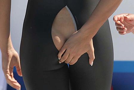 swimmer-flavia-zoccari-wardrobe-malfunction-pic-rex-108904458