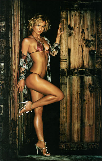 Adrianne Palicki 1